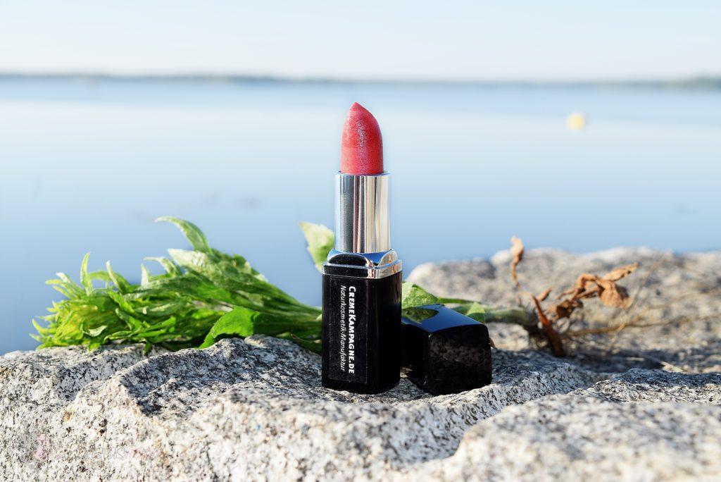 handgefertigter Lippenstift in der Farbe Jorinde von Cremekampagne