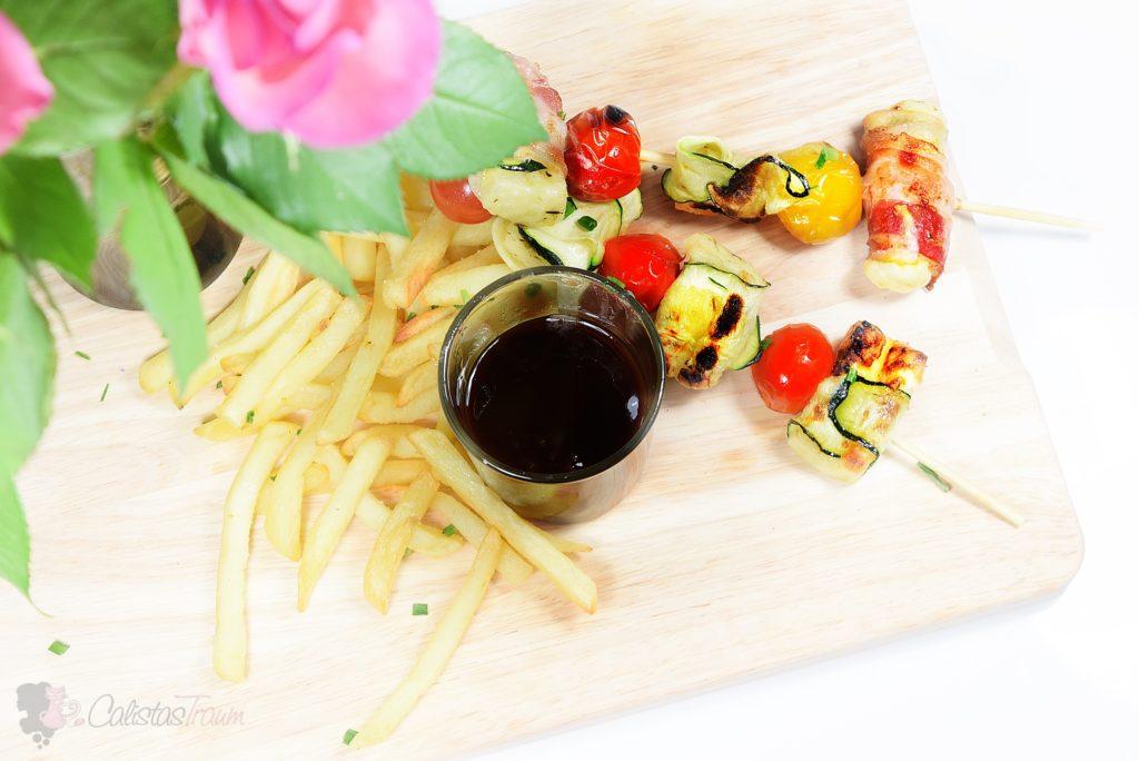 GAZi Grill- und Pfannenkäse Spieße mit BBQUE Barbecue-Sauce