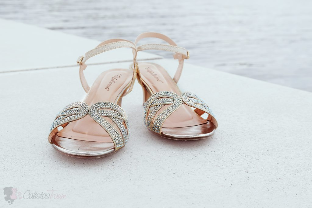 Ankle Strap Sandaletten in der Farbe nude