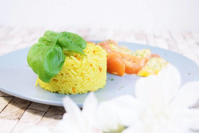 Auflauf von Zucchini und Tomate mit Curcuma Sun