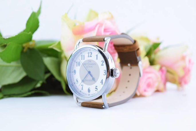 Nostalgische Vintage-Uhr mit Blick auf vergangene Tage